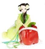 Bambola e peperone femminile, concetto della dieta e hea Fotografia Stock Libera da Diritti