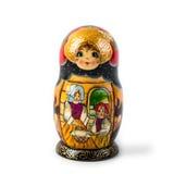 Bambola intercalata russa unica (Matryoshka) nel bianco, che sono disposti insieme vicino come una famiglia Fotografia Stock