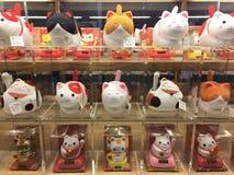 Bambole del gatto nello stile giapponese Fotografie Stock
