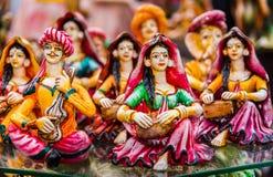Bambole dell'argilla che giocano musica classica Immagine Stock