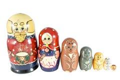 Bambole di incastramento sulla fiaba Kolobok Fotografia Stock