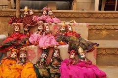 Bambole fatte a mano vendute sotto il nome di ricordo fotografia stock libera da diritti