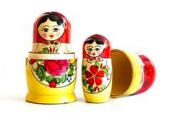 Bambole russe tradizionali di matryoshka Immagini Stock Libere da Diritti