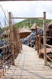 bamboo курорт хаты к путю Стоковое фото RF