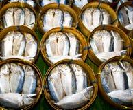 bamboo скумбрия рыб корзины Стоковые Изображения RF