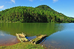 Bamboo raft on Pang Ung reservoir Royalty Free Stock Photography