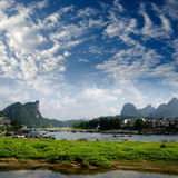 Bamboo raft at the Ulong river near Yangshuo Royalty Free Stock Photos