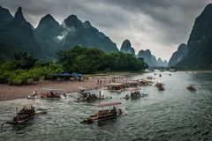Bamboo rafting in the Yulong River stock images