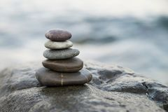bamboo stones zen 和平佛教凝思标志 放松 免版税库存照片