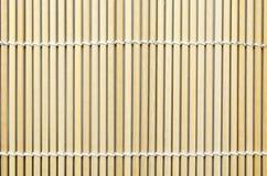 Bambu som är matt för rullsushi; Japansk mat Royaltyfri Bild