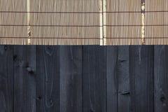 Bambu som är matt på trätabellen, bästa sikt arkivbilder