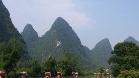 Bambu som rafting på Li River Royaltyfri Foto