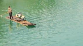 Bambu som rafting på Li River Fotografering för Bildbyråer