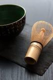 Bambu viftar och bunken Royaltyfria Bilder