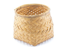 Bambukorg som isoleras med vit bakgrund Royaltyfri Bild