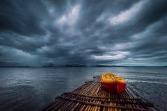 Bambus po środku jeziora w Srinakarin tamie Obraz Royalty Free
