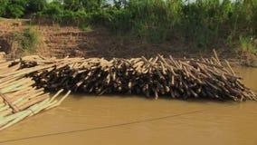 Bambus, tratwa, Mekong, Cambodia, południowo-wschodni Asia zdjęcie wideo
