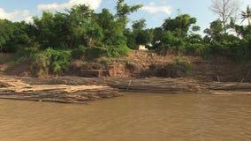 Bambus, tratwa, Mekong, Cambodia, południowo-wschodni Asia zbiory wideo