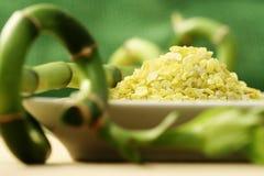 bambusa skąpania zieleni sól Obraz Royalty Free