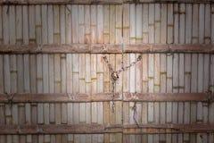 Bambusbeschaffenheit mit Kettensperrtaste Lizenzfreie Stockfotografie