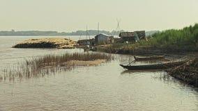 Bambusfloss, Stock, der Mekong, Kambodscha, Südostasien stock video footage