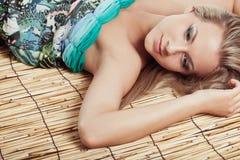 bambusowa target2929_0_ matowa kobieta Zdjęcia Stock
