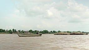 Bambusowa tratwa zbiory