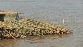 Bambusowa tratwa, Mekong, Cambodia, południowo-wschodni Asia zbiory