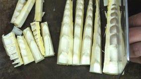 Bambusowi krótkopędy cią w małych kawałki zdjęcia royalty free