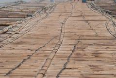 Bambusowy most przez rzekę w Sangkhlaburi kanchanaburi Prov Zdjęcie Stock
