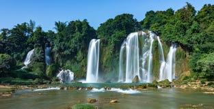 Ban Gioc Waterfall - cascada de Detian fotografía de archivo