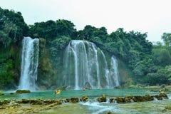 Ban Gioc Waterfall na província de Cao Bang de Vietname imagens de stock royalty free