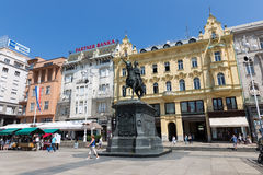 Ban Jelacic monument on central city square (Trg bana Jelacica) Stock Photography