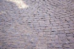 Bana av stenläggningkurvor Arkivfoton