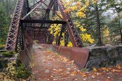 Bana för Tumwater kanjonbro Arkivbilder