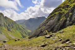 Bana i de Carpathians bergen Fotografering för Bildbyråer