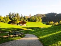 Bana i Santa Maddalena, höst, i SunsetSouth Tyrol (Italien) Arkivbilder