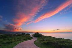 Bana nära havet Arkivfoto