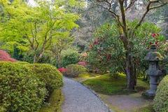 Bana på japanträdgården Royaltyfria Foton