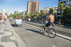 Bana Rio de Janeiro Brazil för Ipanema strandcykel Arkivbild