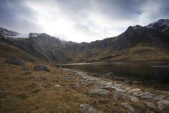 Bana till bergen Royaltyfria Bilder