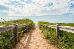 Bana till stranden på handfathuvudet Royaltyfri Foto