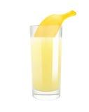 Banaan met melk Vers sap stock fotografie