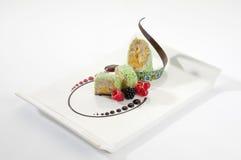 Banaancake met chocolade en barries Royalty-vrije Stock Afbeelding