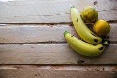 Banan och apelsin Arkivfoton