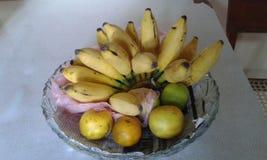 Banan och apelsiner Arkivbilder