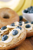 Banan och blåbär Royaltyfri Fotografi