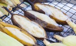 Banana della griglia - alimento tailandese Immagini Stock