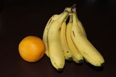 Banana e laranja Fotografia de Stock Royalty Free