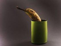 Banana no malote fotografia de stock